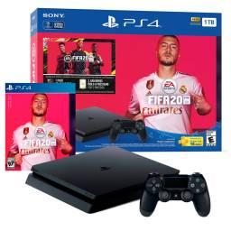 CONSOLA PS4 SLIM 1TB CON  FIFA 2020